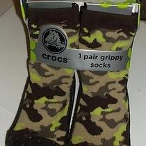 1 Pair Boys Crocs Camo Camouflage Grippy Socks 2 - 4 Years Shoe Size 7 - 9 Nip Photo