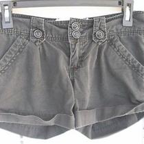 1 Pair Women's Shorts in Size 1 by Roxy Photo