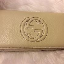 100% Auth Long Gucci Wallet Photo