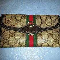 100% Authentic Gucci Wallet Photo