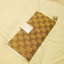 100% Authentic Gucci Wallet (Used) Photo