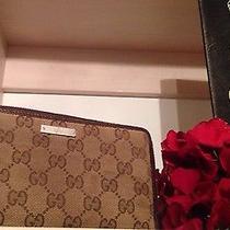 100% Beautiful Authentic Gucci Monogram Wallet Photo