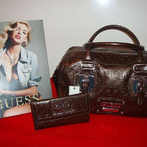 100% Guess  Avenue Handbag  With Wallet  (Bronze)    Photo