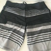 100% Polyester Mossimo Black & Grey Stripped Mens Shorts Size 38 C1 Photo