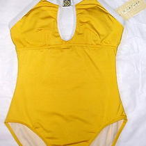135 Nwt Trina Turk One-Piece Yellow Daisy Swimsuit S 4 6  Halter Clover New Photo