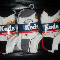 18  Boys Keds Socks Size Small Shoe Size 7-10 Sports Patterns New No-Show Photo