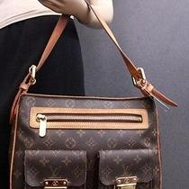 1820 Louis Vuitton Monogram Canvas Hudson Gm Shoulder Bag Photo