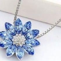 18k Gold Plated Sapphire Swarovski Crystal Element Dazzling Water Lily Necklace Photo