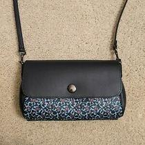 190 Nwot Coach Reversible Floral Purse Navy and White Photo