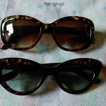 2 Sunglasses Guess & Sprit Tortoise Photo