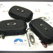 3 Rare Oakley Vault Case Display Thump Apple Iphone Bluetooth Earphone Lens Bose Photo