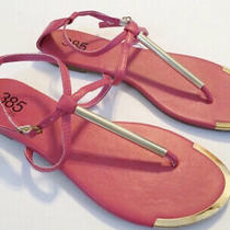 385 Fifth Bright Pink Thong Womens Summer Sandals Size 7 Gold Metal Accent Photo