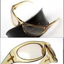 440 Gucci Men's Plate Wrap Sunglasses Photo