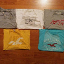 5 Men's Small American Eagle and Hollister Shirts Photo