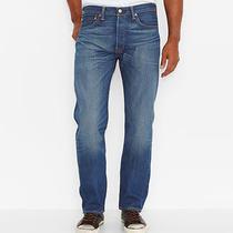 501 Original Fit Jeans Photo