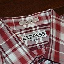 5085-D Mens Express Dress Shirt Modern Fitted Size M Medium Red Plaids Photo