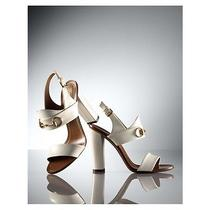 695 Gucci Alyssa 60s Style Ivory Patent Gold Horse-Bit High Heels Sandals 38 8 Photo