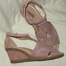 7 Earth  Curvet  Blush Pink Suede  Wedge Sandal  7 M  Photo