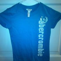Abercrombie and Fitch T-Shirt Photo