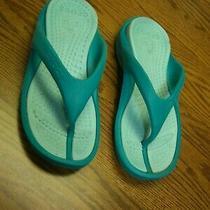 Adult Crocs Turquoise Thong Flip Flop Sandals/women's Size 5/men's Size 3 Photo