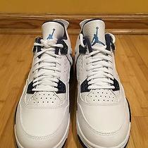 Air Jordan 4 Columbia Photo