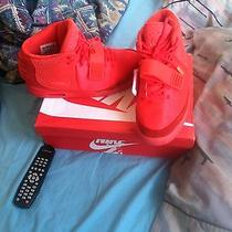 Air Yeezy 2 Red October Photo