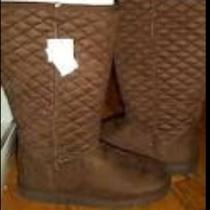 Airwalk Brown Boots (Off Brand Uggs) Photo