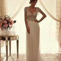Anna Campbell Sierra Slimline Chiffon Wedding Dress Photo