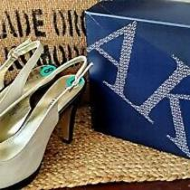 Anne Klein Bow Two-Toned Heels Size 8 New Photo