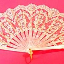Antique Vintage Celluloid Hand Fan Floral Rose Lace Mother of Pearl Style Photo