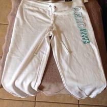Areo White Sweatpants Large Photo