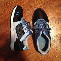 Asics Caroline Blue Kithstrike Photo