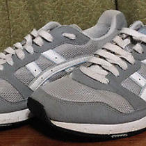 Asics Men's 10 Gray Mesh & Leather Running Shoes/athletic Sneakers H057n 237 Photo