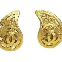 Auth Chanel Coco Mark Earring Metal Gold (Bf070304) Photo