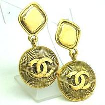 Auth Chanel Coco Mark Earrings Gold (Bf061627) Photo