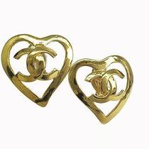 Auth Chanel Coco Mark Heart Earring Metal Gold (Bf069506) Photo