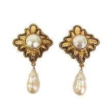 Auth Chanel Pearl Earring Metal/artificial Pearl Gold(bf062664) Photo