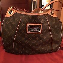 Auth Louis Vuitton Galleria Pm Shoulder/hobo Handbag  Retails 1950.00 Photo