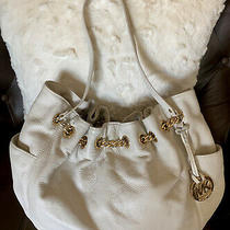 Auth. Michael Kors Xlarge Pebbled Leather Bucket Hobo Shoulder Bag Off White Photo