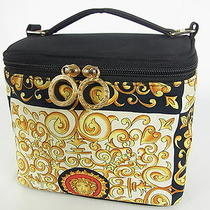 Auth Versace Vintage Medusa Cosmetic Vanity Bag Free Shipping 7531ern Photo
