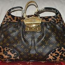 Authentic and Beautiful Large Louis Vuitton Shoulder/over the Wrist Bag. Photo
