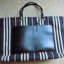 Authentic Burberry Handbag Suitable for Laptop Office and Shopping Multi Uses Photo