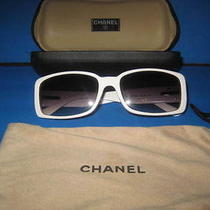 Authentic Chanel 5111 Sunglasses in Case Quilted Flower Art Decoration White Photo