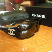 Authentic  Chanel Black Sunglasses W/ Mother of Pearl Logo - 5076-H   C.501/87 Photo