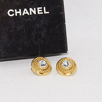 Authentic Chanel Goldtone Crystal Earring Made in France From Japan Photo