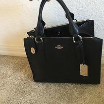 Authentic Coach Black Leather Handbag Purse Photo