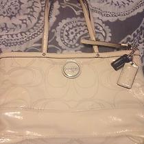 Authentic Coach Cream Patent Leather Tote Shoulder Bag Purse Handbag F15142 Photo