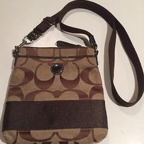 Authentic Coach Messenger Crossbody Bag. Euc. Photo
