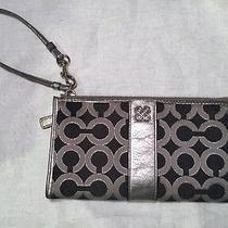 Authentic Coach Silver Leather and Cloth Zippy Wristlet Wallet Pre Loved -Read Photo