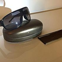 Authentic Gucci Unisex Sunglasses Gg 1011/s D28eu - Black W/ Gray Shield Lens Photo